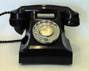 Our phone from the 40s,50s and 60s was like this. In fact my sister still has it somewhere at home.